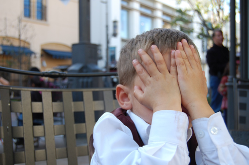 Image of annoyed young boy. If your content marketing is not appealing to visitors, hire an inbound marketing company to help.